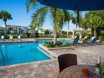 Poolside Tables - Beachway Links - Melbourne, FL