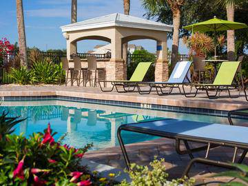 Pool with Grilling Area - Beachway Links - Melbourne, FL