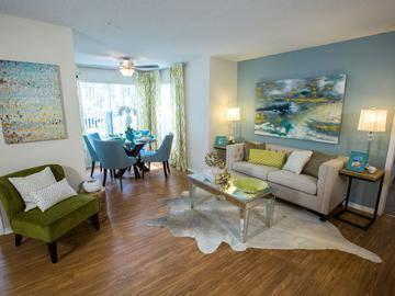 Living Room/Bonus Room - Beachway Links - Melbourne, FL