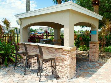 BBQ/Picnic Area - Beachway Links - Melbourne, FL