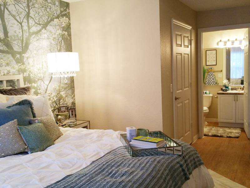 Apartment Amenities Meadow Lakes In Naples Fl