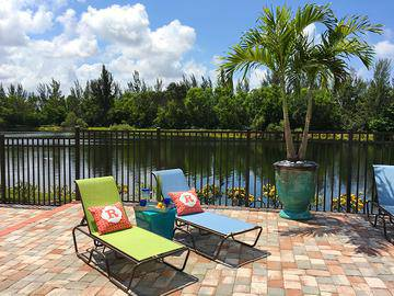 Lakeside Pool & Loungers - River Reach - Naples, FL