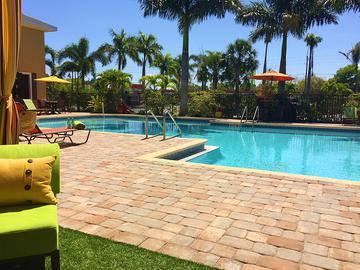 Expansive Sundeck - Somerset Palms - Naples, FL