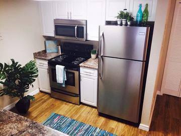 Stainless Steel Appliances - Somerset Palms - Naples, FL