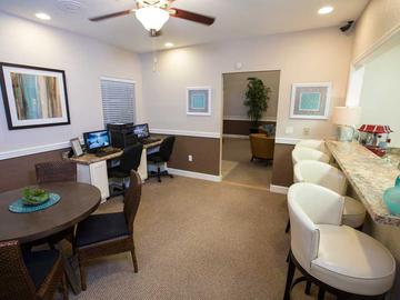 Business Center - Carrington Lane - Ocala, FL