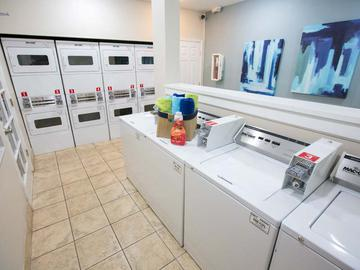 Community Laundry Room - Carrington Lane - Ocala, FL