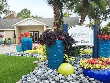 Leasing Office Exterior - Harper Grand - Orlando, FL