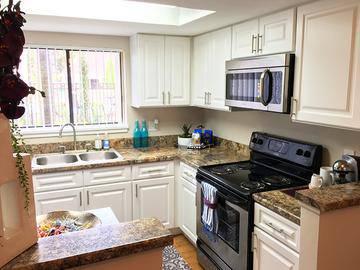 Newly Remodeled Kitchens - Harper Grand - Orlando, FL