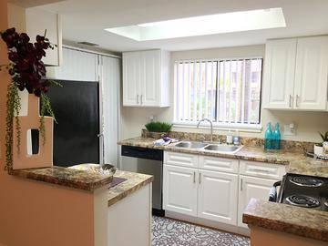 Kitchen - Harper Grand - Orlando, FL