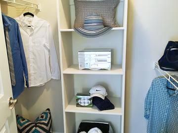 Walk-in Closet - Harper Grand - Orlando, FL