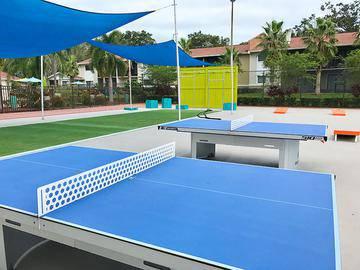 Ping Pong & Corn Hole - The Bentley at Maitland - Orlando, FL