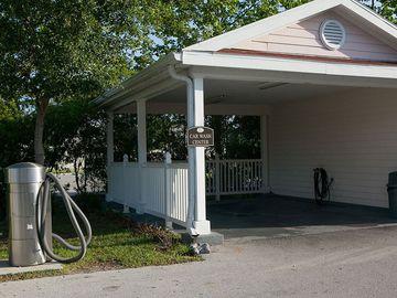 Car Washing Area - Pine Lake - Palm Coast, FL