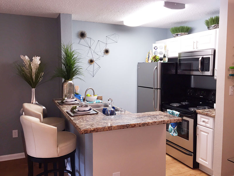 Affordable Kitchen With Stillwater Apartments