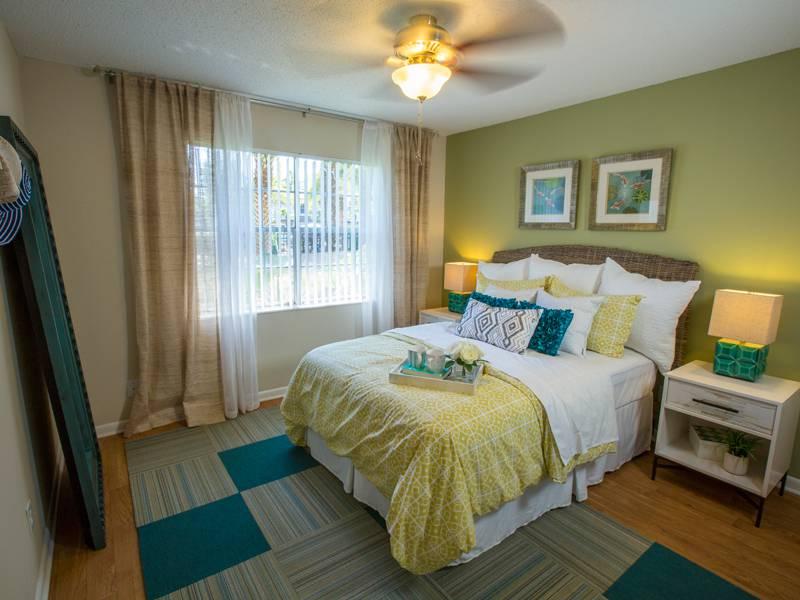 Bedroom Ceiling Fans. Apartment Amenities   Chapins Landing in Pensacola  FL