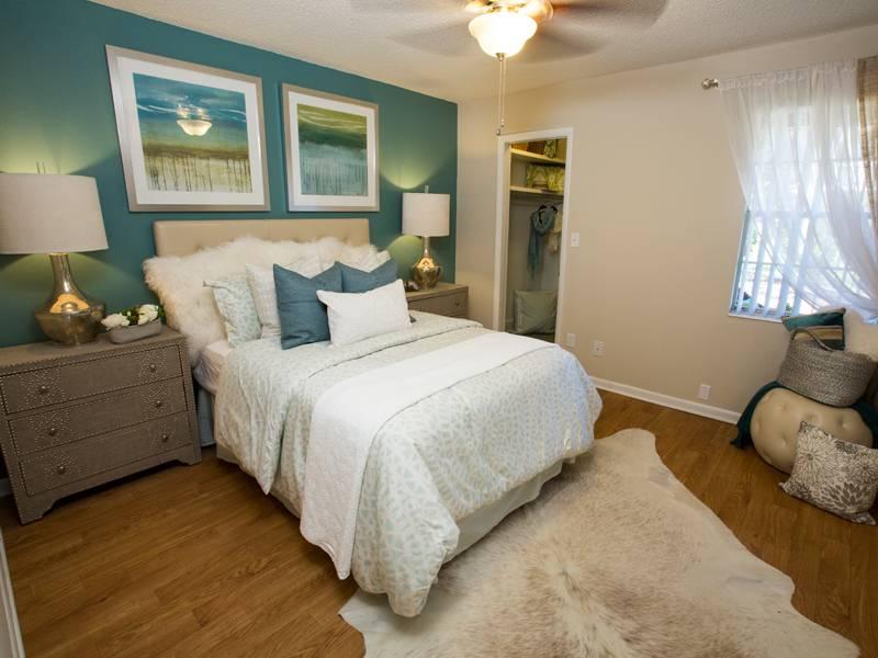 apartment amenities chapins landing in pensacola fl