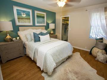 Master Bedroom - Chapins Landing - Pensacola, FL