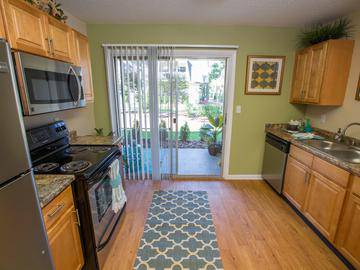 Updated Kitchens - Chapins Landing - Pensacola, FL