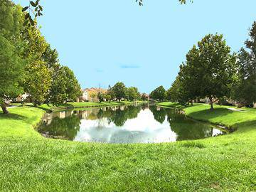 Lake Views - Soleil Blu Luxury Apartments - St Cloud, FL