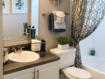 Updated Bathrooms - Soleil Blu Luxury Apartments - St Cloud, FL