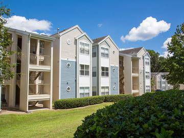 Building Exterior - The Enclave at Huntington Woods - Tallahassee, FL