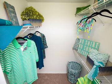 Walk-In Closet - The Enclave at Huntington Woods - Tallahassee, FL