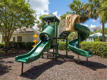 Playground - The Enclave at Huntington Woods - Tallahassee, FL