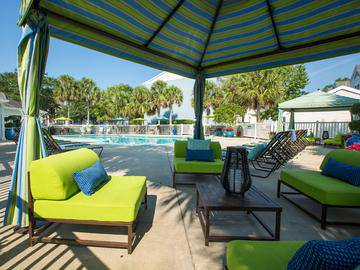 Poolside Cabanas - The Enclave at Huntington Woods - Tallahassee, FL