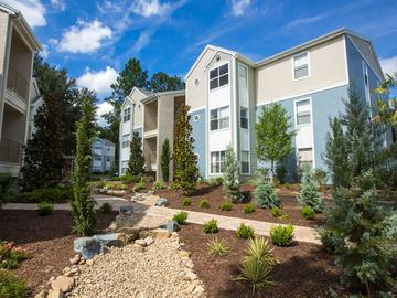 Building Exterior - The Oasis at 1800 - Tallahassee, FL