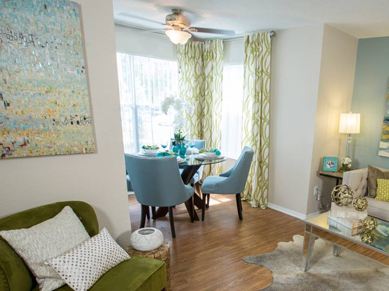 apartment amenities - the oasis at 1800 in tallahassee, fl