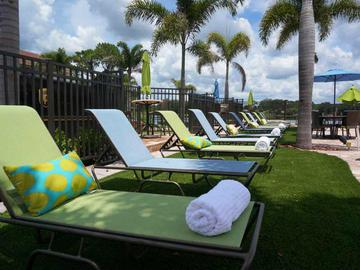 Poolside Loungers - Amber Lakes - Winter Park, FL