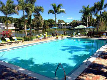 Expansive Sundeck - The Lexington at Winter Park - Winter Park, FL