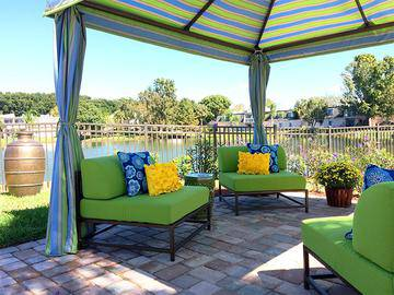 Poolside Cabanas - The Lexington at Winter Park - Winter Park, FL