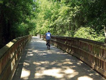 Bike Trails - The Lake House at Martins Landing - Roswell, GA