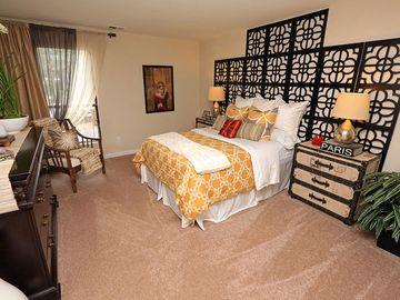 Master Bedroom - The Reserve at Ridgewood - Sandy Springs, GA