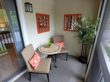 Private Patio - The Reserve at Ridgewood - Sandy Springs, GA