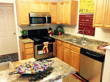 Spacious Kitchen - The Reserve at Ridgewood - Sandy Springs, GA
