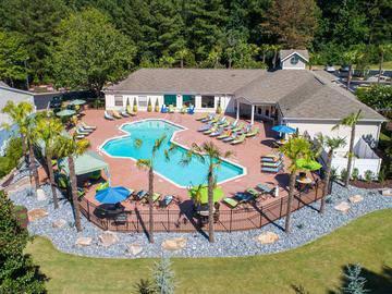 Resort-Style Pool - Avenue 33 - Stockbridge, GA