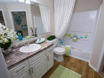 Bathroom - Avenue 33 - Stockbridge, GA