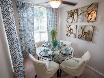 Dining Area - Avenue 33 - Stockbridge, GA