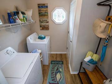 Laundry Room - Avenue 33 - Stockbridge, GA