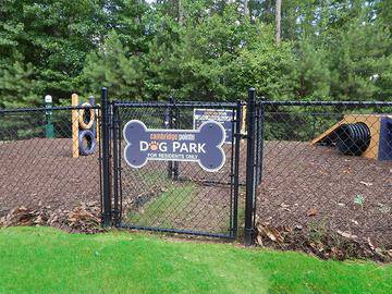 Off-Leash Dog Park - Cambridge Pointe - Stockbridge, GA