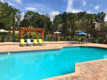 Resort-Style Swimming Pool - Cambridge Pointe - Stockbridge, GA
