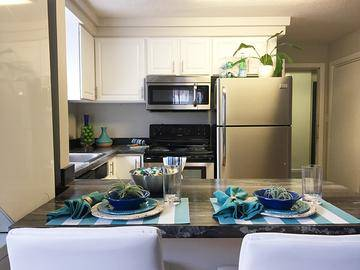 Upgraded Kitchens - Alpine Commons - Amherst, MA