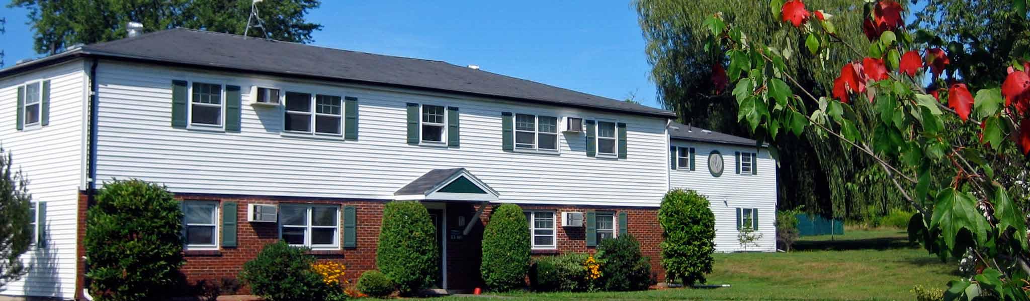 amherst ma apartments for rent aspen square management. Black Bedroom Furniture Sets. Home Design Ideas