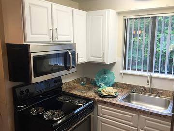 Stainless Steel Appliances - Country Manor - Feeding Hills, MA