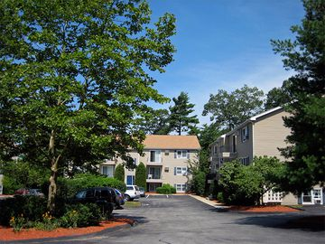 Building - Welby Park Estates - New Bedford, MA