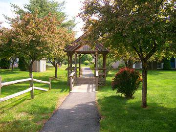 Walking Path - Sugarloaf Estates - Sunderland, MA