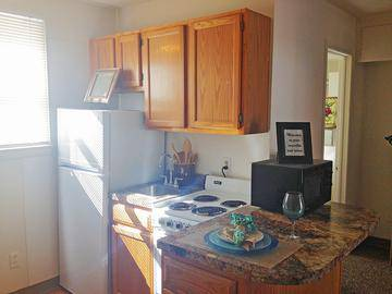 Studio Kitchen - The Courtyards - West Springfield, MA