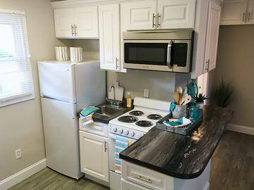 Remodeled Kitchen - The Courtyards - West Springfield, MA
