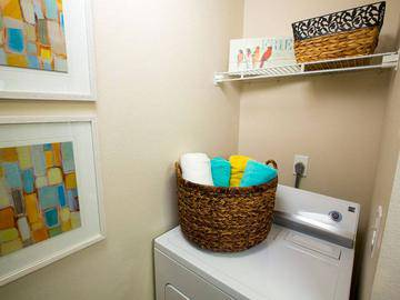 Laundry Room - Pier 38 - Fenton, MI